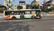 quang-cao-xe-bus-chao-sua-burine210